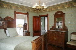 PictureSpacious Bed and Breakfast Room in Nauvoo IL